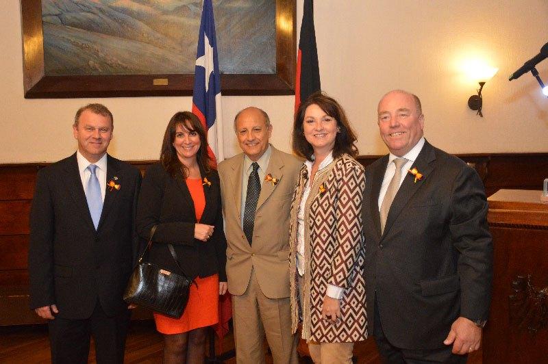 JAN KARLSRUHER, Cónsul de Alemania, ROSAMARIA KOHLER, GABRIEL ALDONEY, Intendente V Región, PETRONELLA SCHULZE, ROLF SCHULZE, Embajador de Alemania